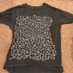 Urban outfitters skull tee